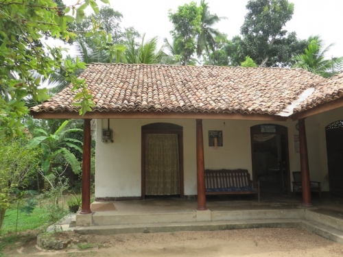 8 Bedroom Old Colonial House