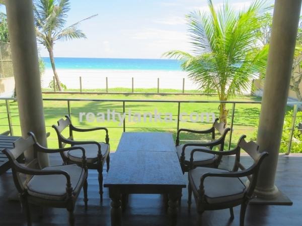 Eye Catching Villa facing Habaraduwa Beach