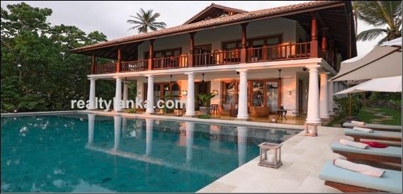Luxury Villa In Waligama Beach