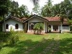 Spacious 5 bedroom house near Koggala -