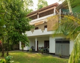 Villa for Sale and Lease in Hikka HI 84